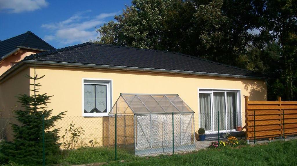 Nutzungsänderung Garage/Lager in Einfamilienhaus (Krostitz)