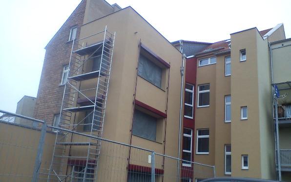 Fassade eines Mehrfamilienwohnhauses in Köthen